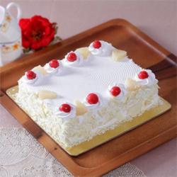 Flakey White Forest Cake [1kg]