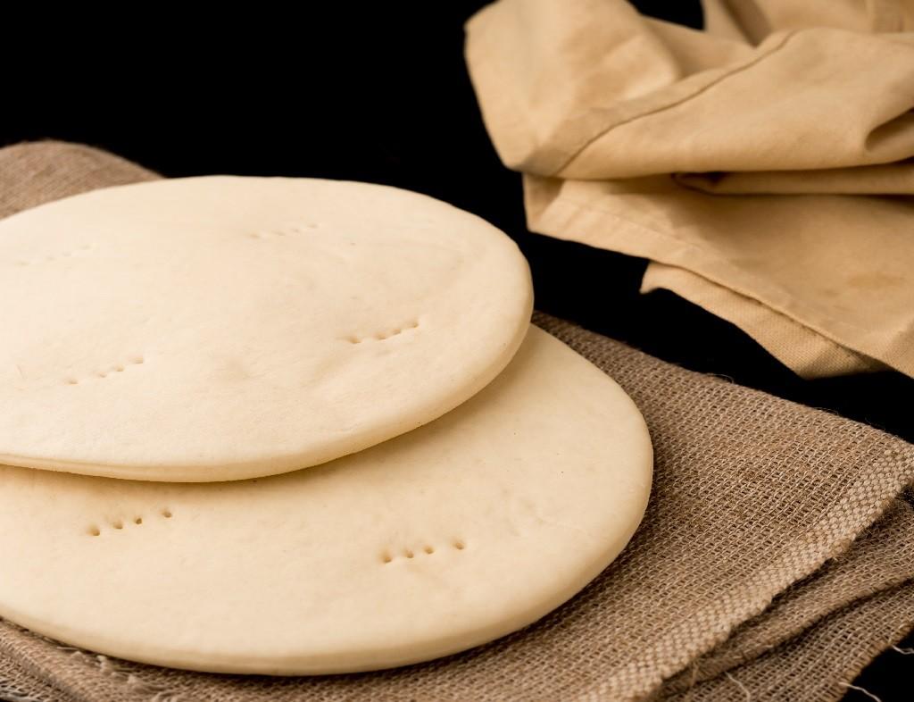Pizza Base Bread (8)