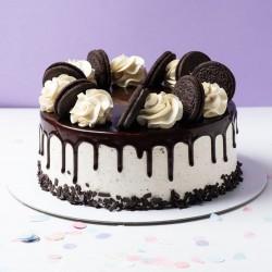Oreo Decorated Chocolate Cake