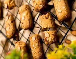 Badaam Laccha Cookies [500 Gram]