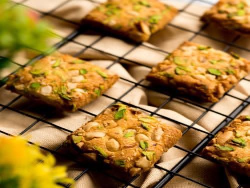 Kesar Pista Cookies [250 Gram]