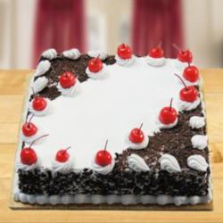 Flakey Square Blackforest Cake