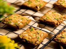 Kesar Pista Cookies [500 Gram]